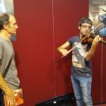 Inaki Lagos con un violín Guarneri
