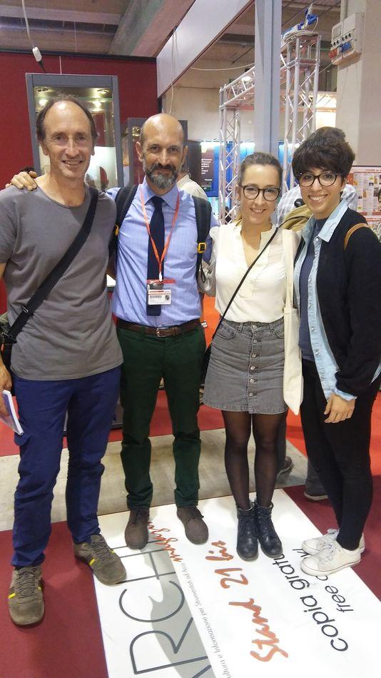 Luis Artola,Francesco Toto y dos alumnas de BELE (Lena y Rocío)