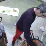 Cooking paella for the professional makers