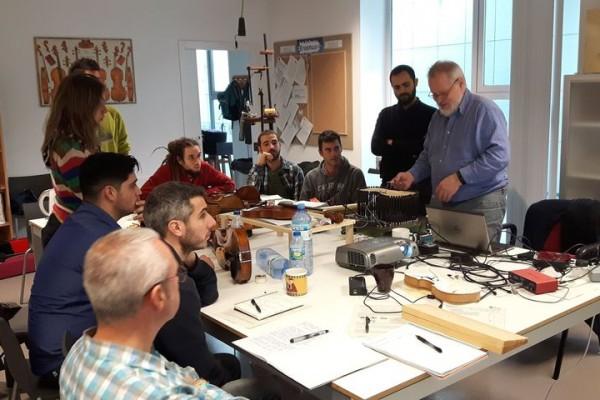 Curso sobre acústica del violin con George Stoppani